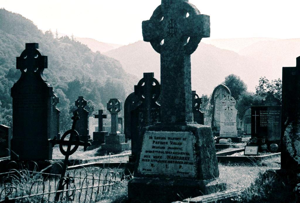 могильные плиты Сталл