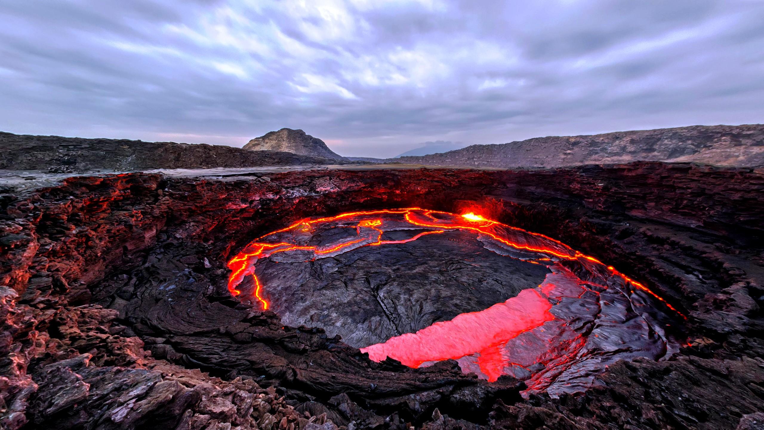 кратер эрта але