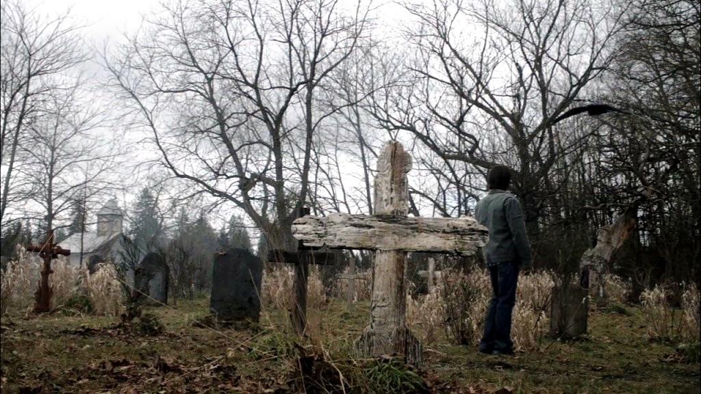 древние кресты кладбища сталл