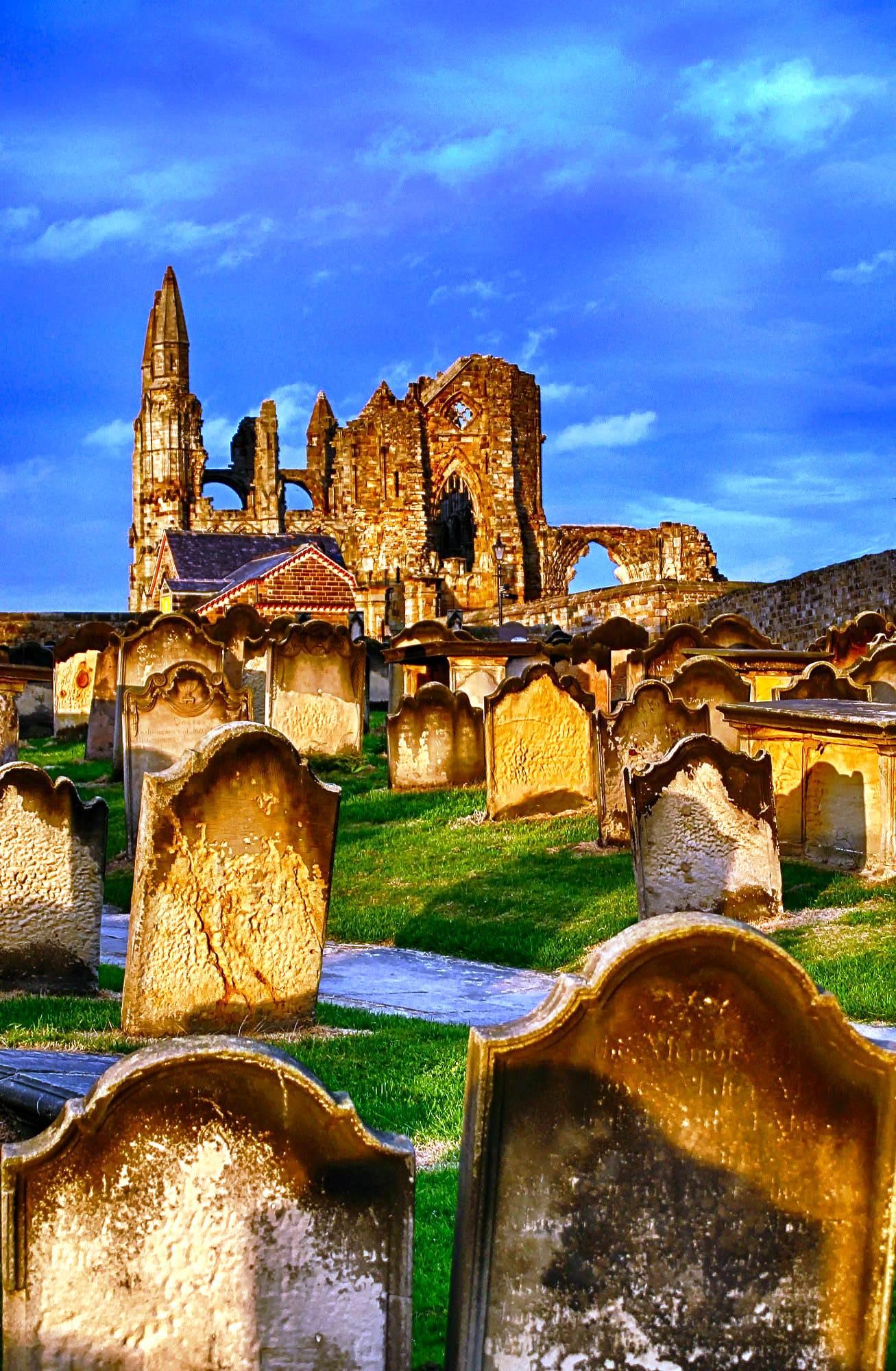 кладбище уитби