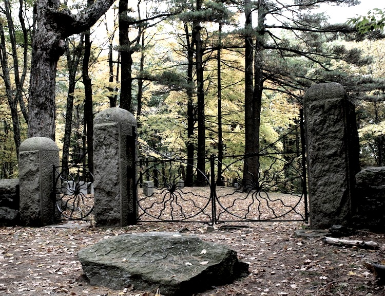 калитка кладбища