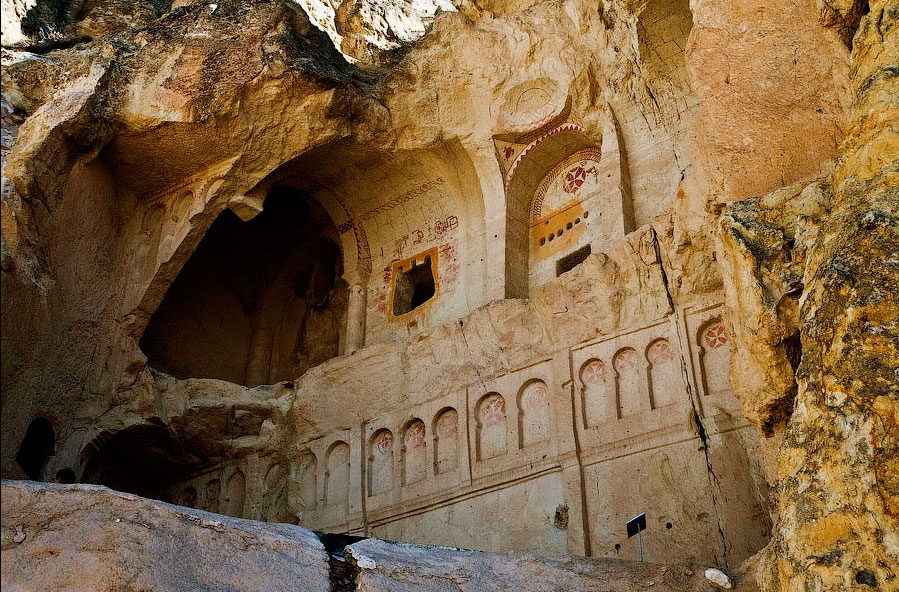 каппадокийские пещеры