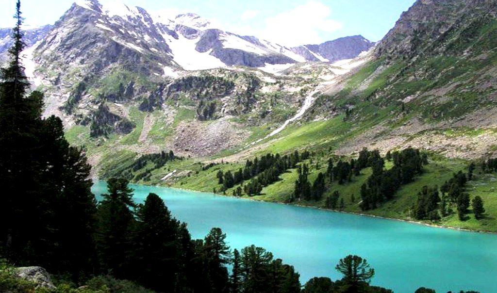 голубое озеро алтая