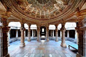 удивительный храм читторгарха