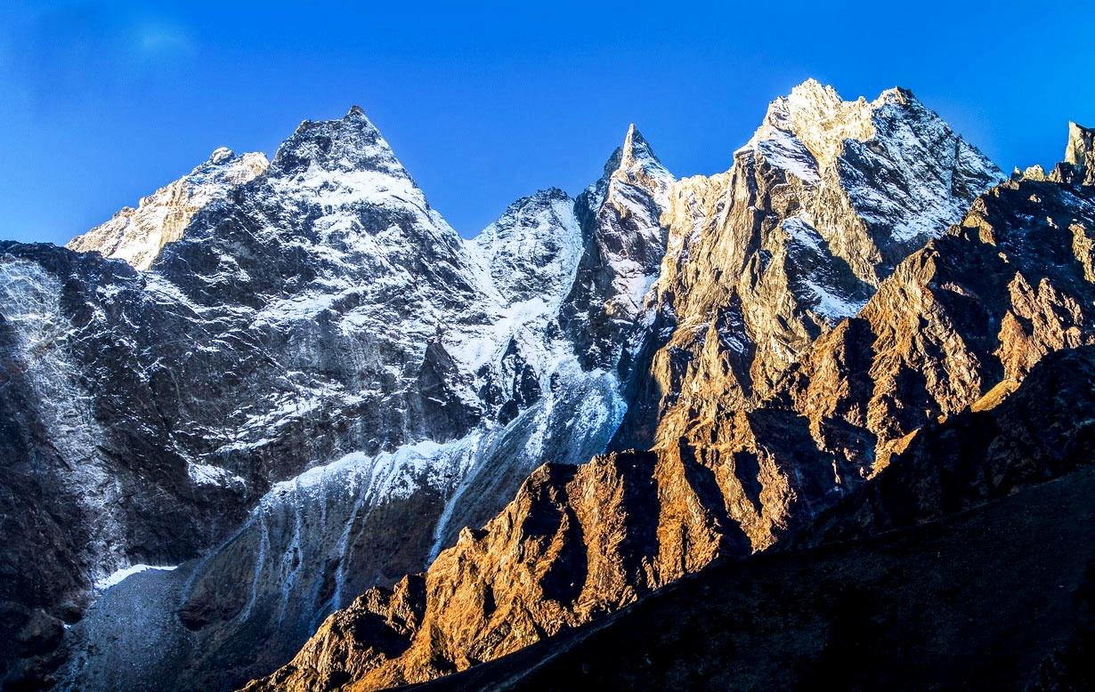 горы парка сагарматха