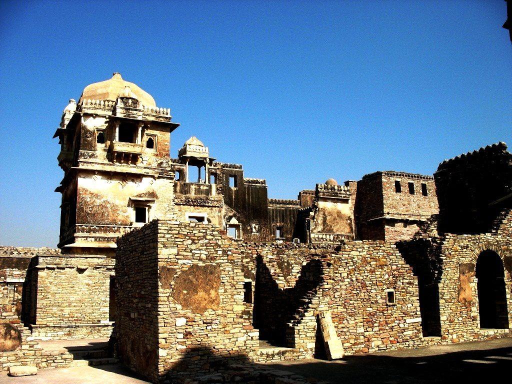 постройки форта читторгарх