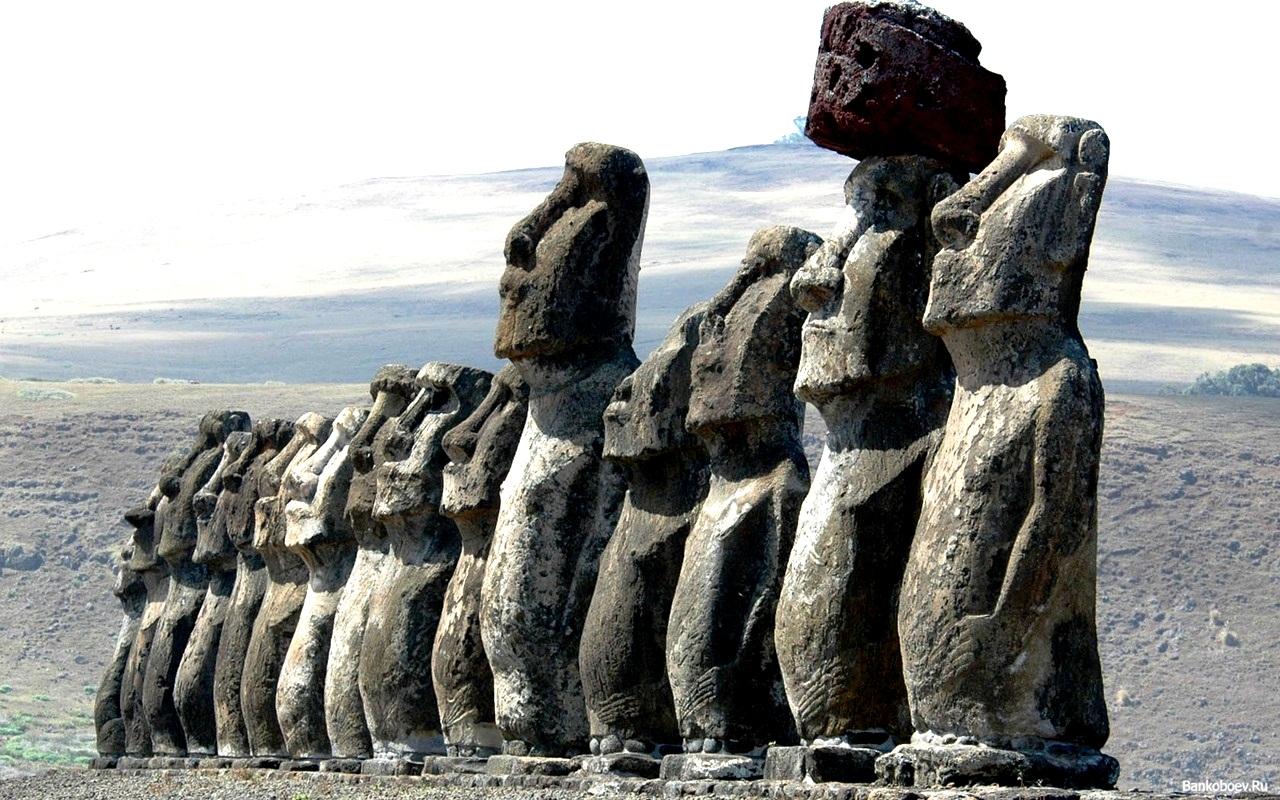 гигантские скульптуры рапа-нуи