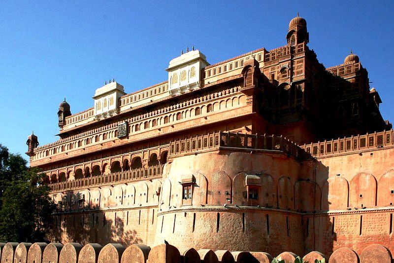 стены джунагарха