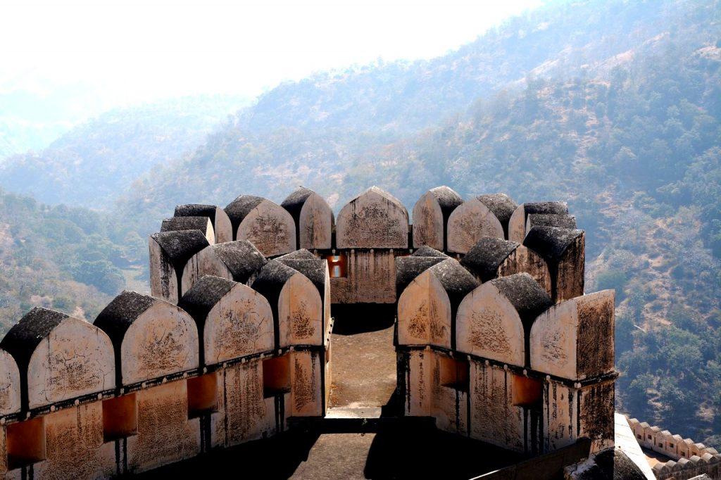 каменное кружево кумбалгарха