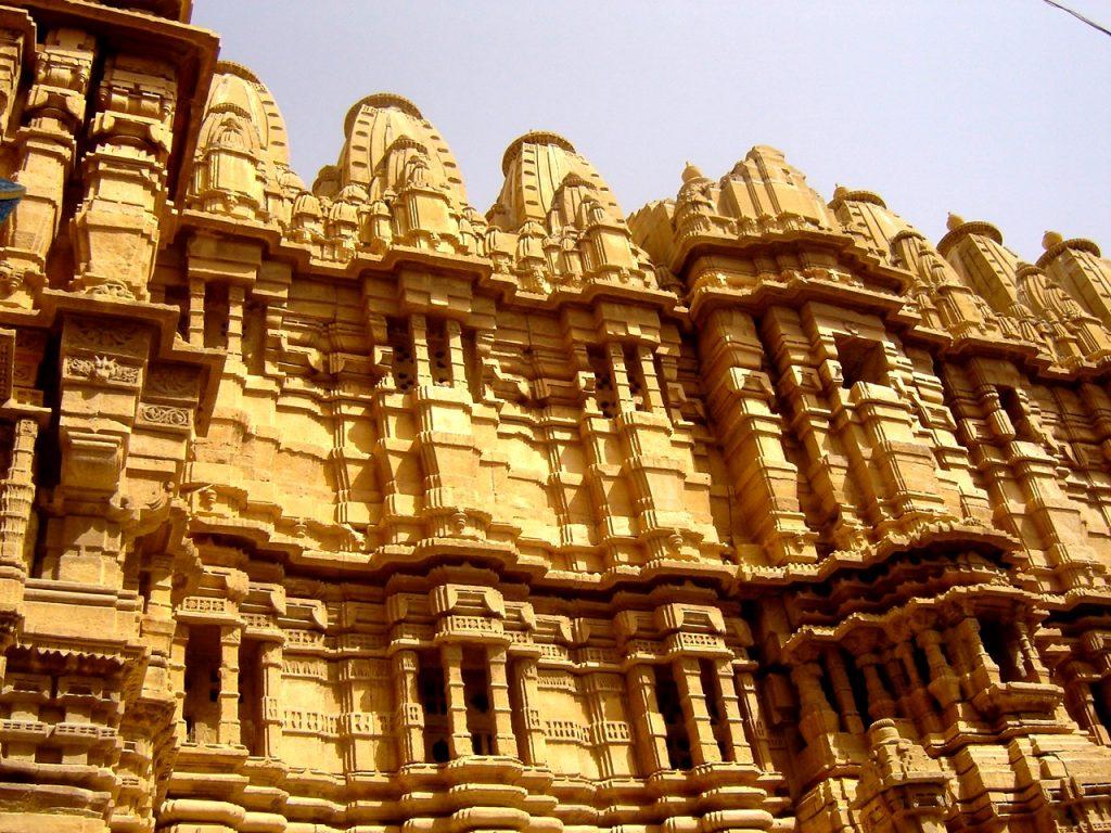 резные стены джайсалмера