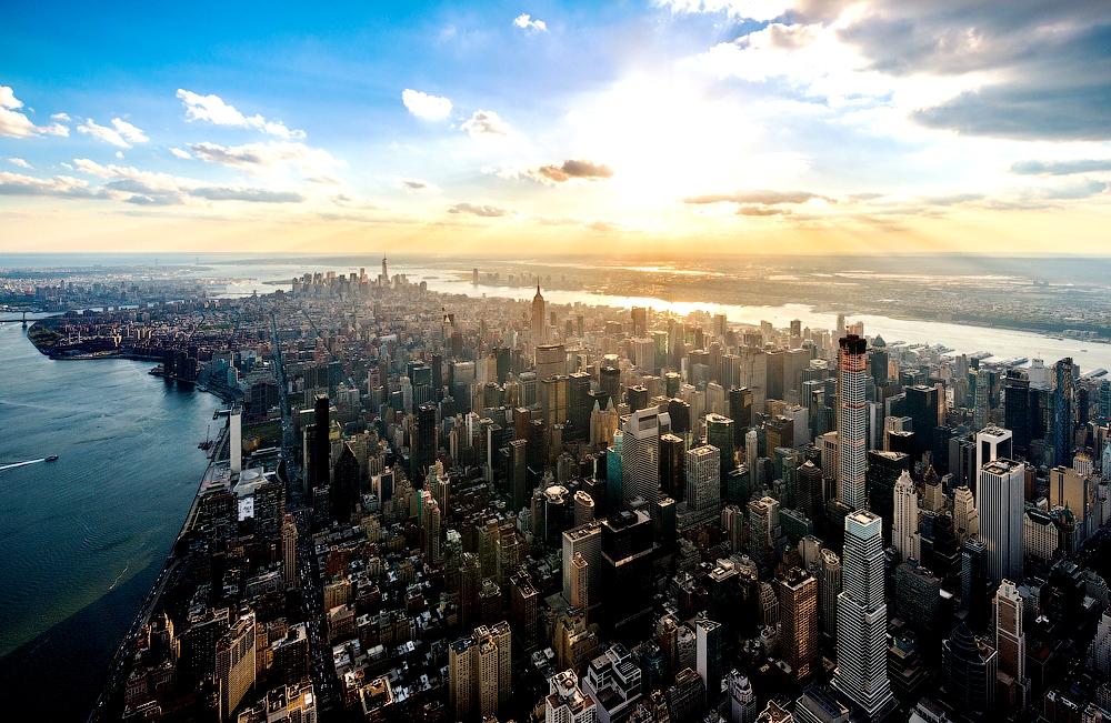 нью-йорк в лучах солнца