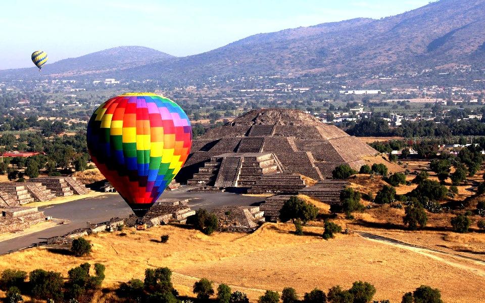 пирамиды и воздушные шары