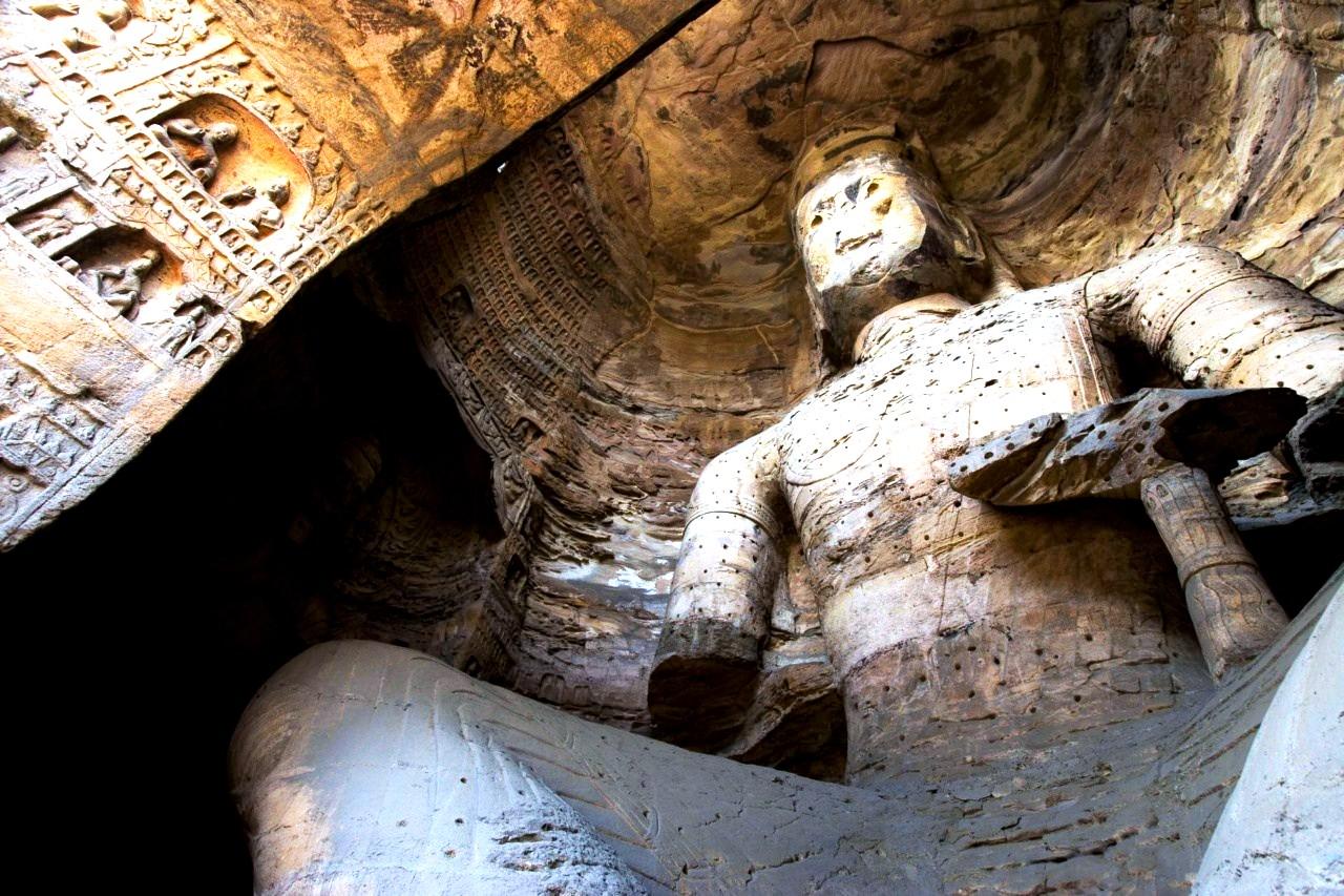 Будда, вид снизу