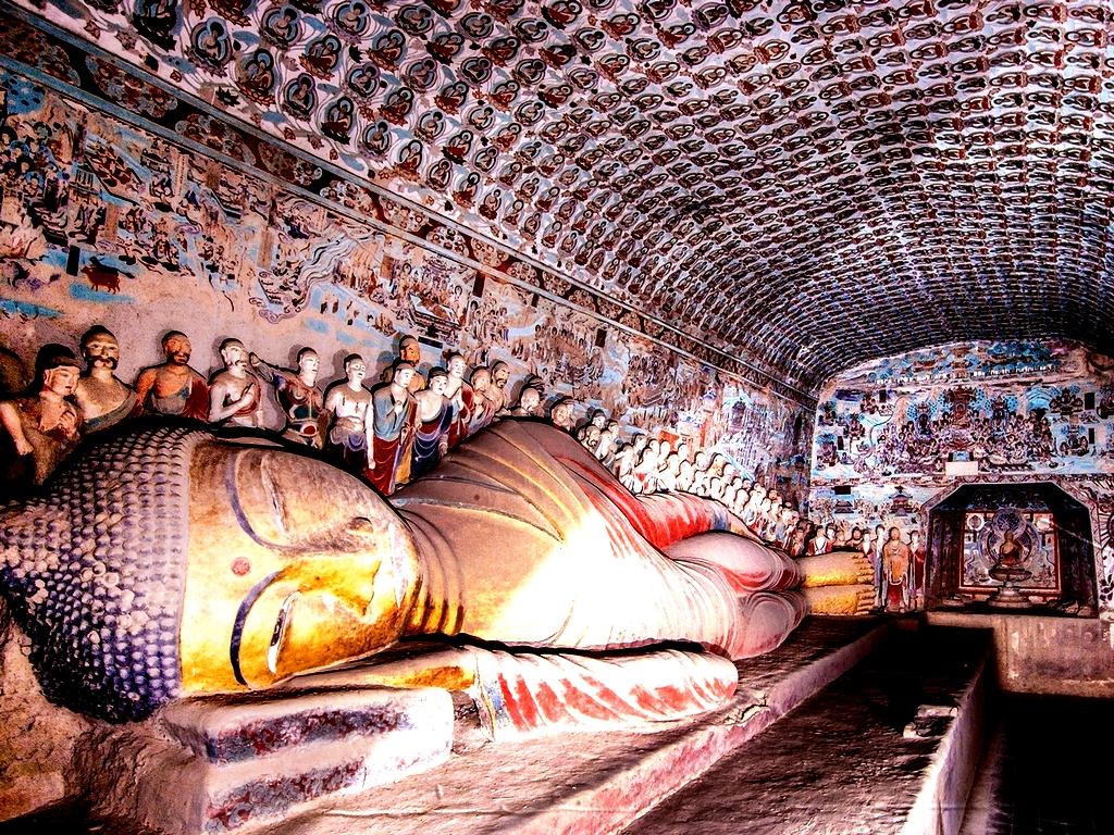 спящий Будда в Могао
