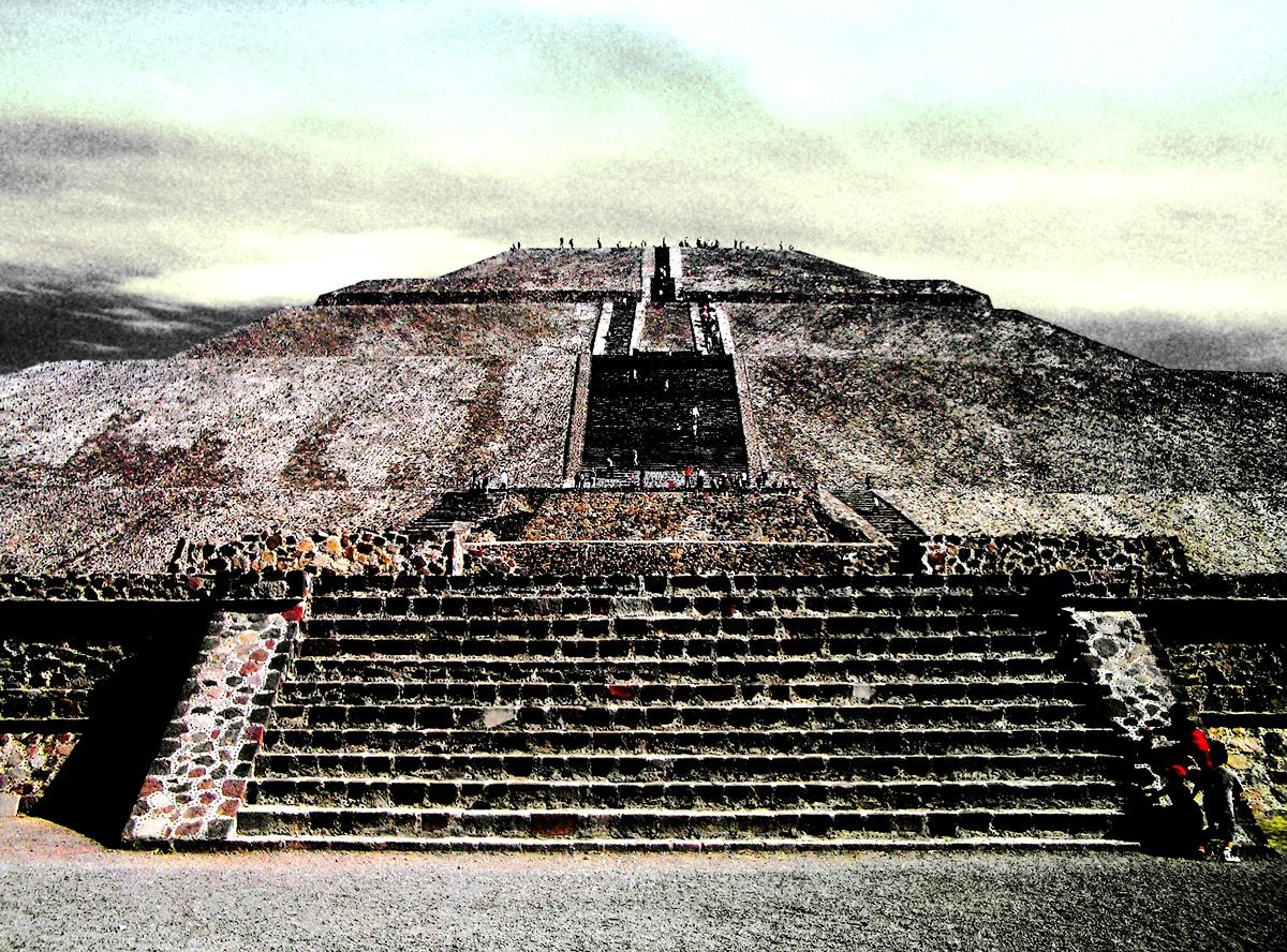 лестница Кецалькоатля