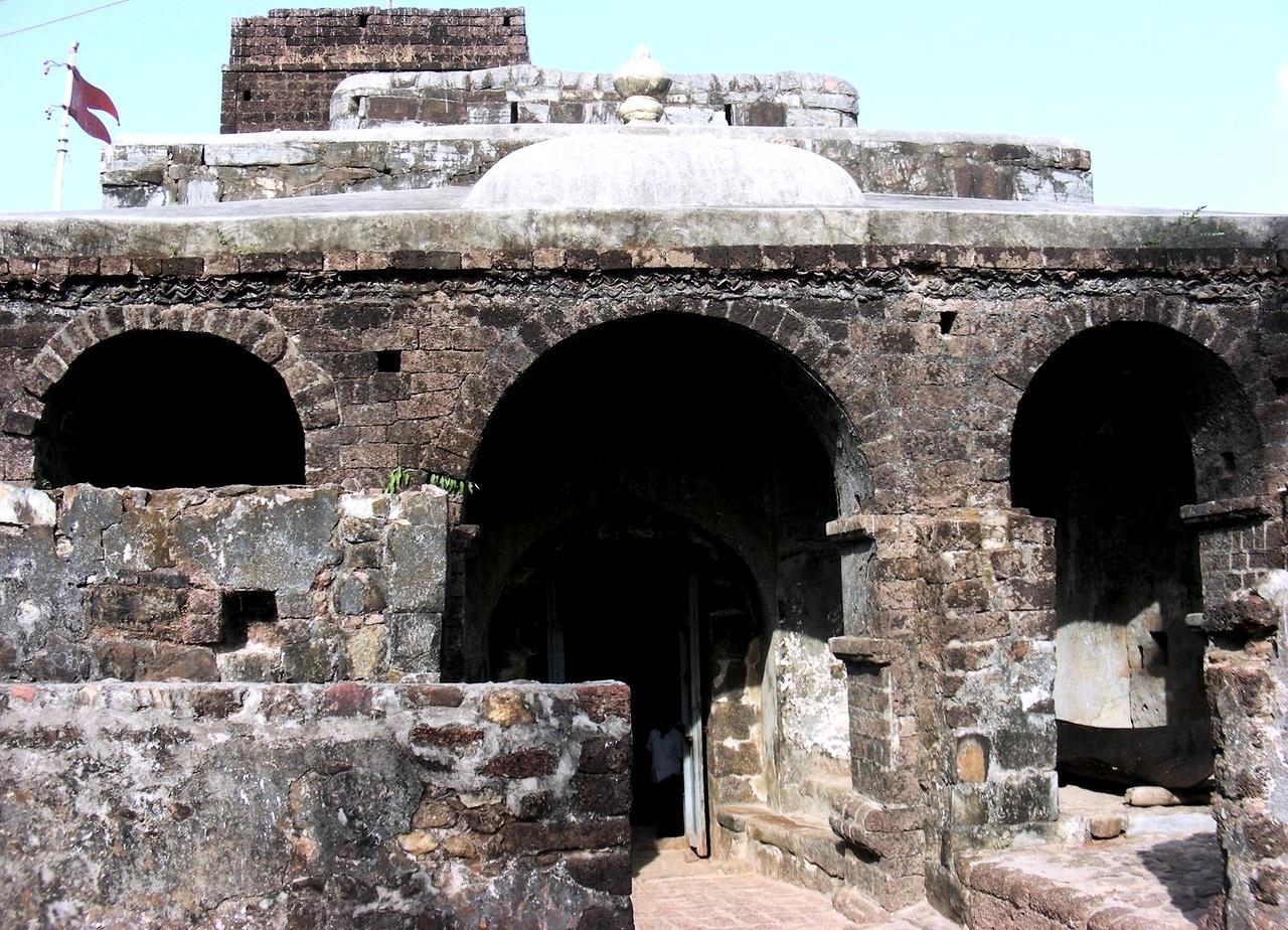 строения синдхудурга