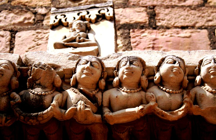 статуи гвалиора