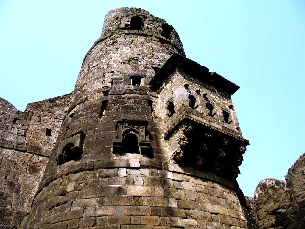 амбразуры крепости девагири