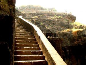лестница на холм девагири