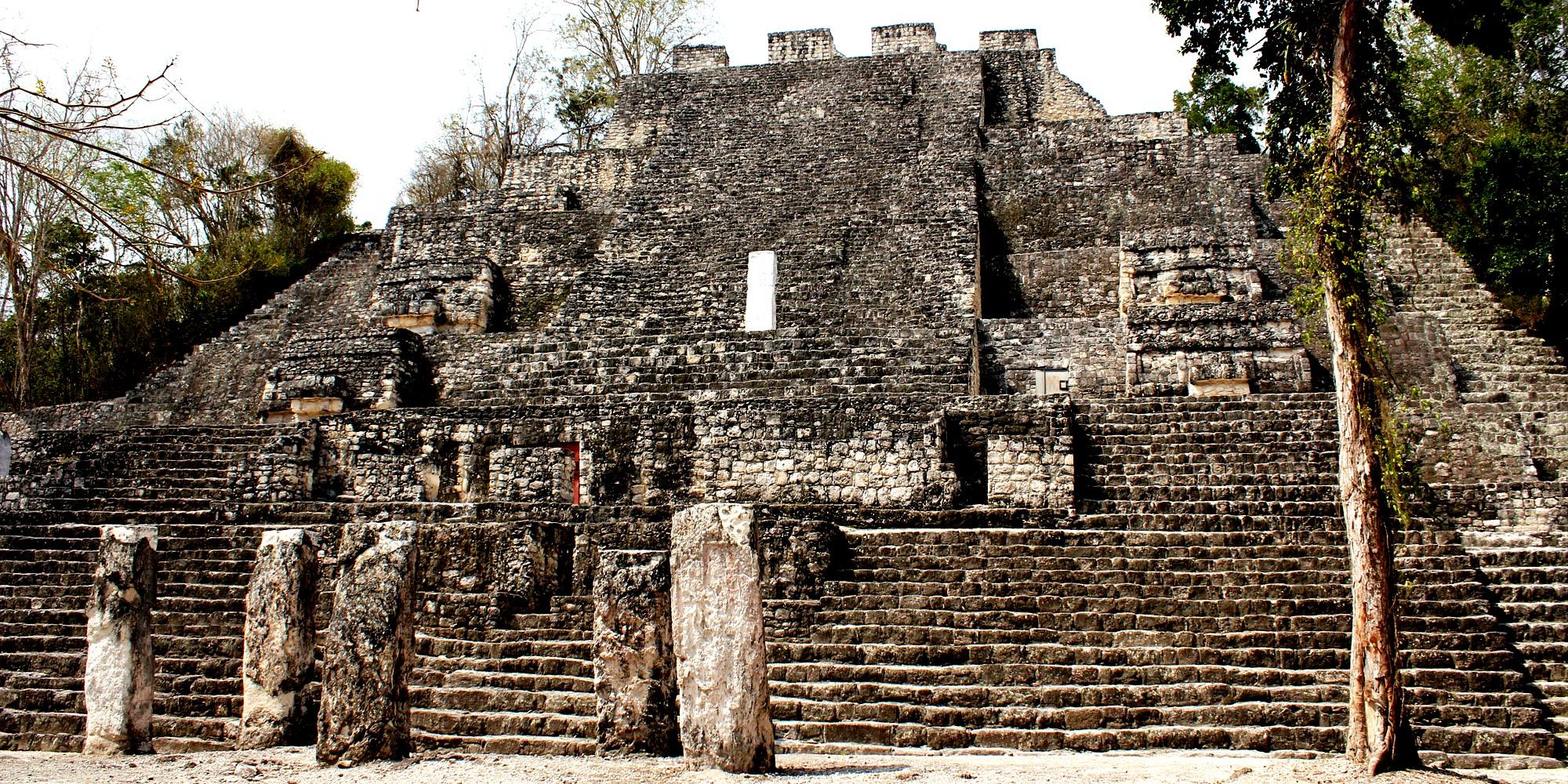 большая пирамида в калакмуле