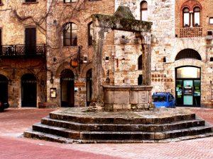 античные строения сан-джиминьяно