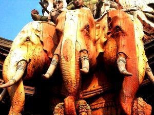 трехглавый слон