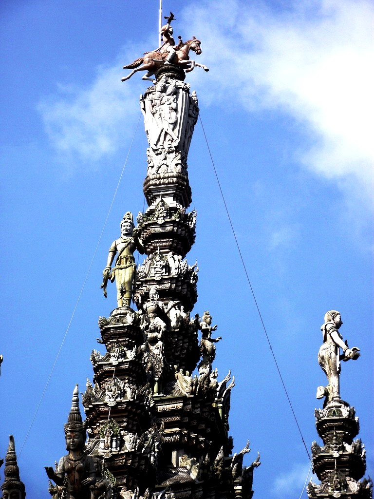 статуя калки