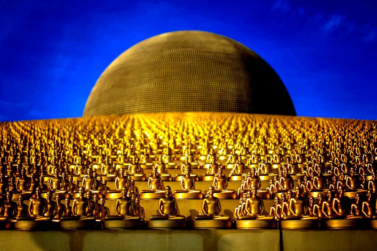 золотые будды дхаммакая