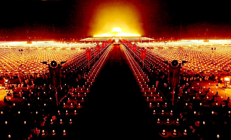 вечер в храме дхаммакая