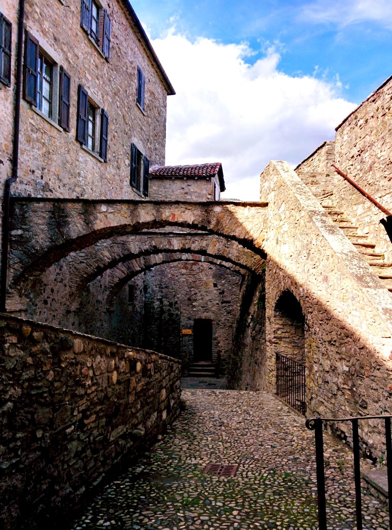 переходы крепости барди