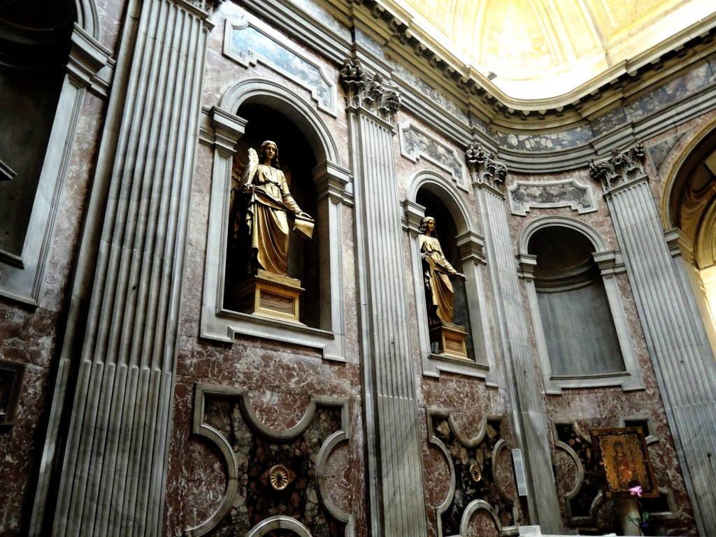 скульптуры базилики
