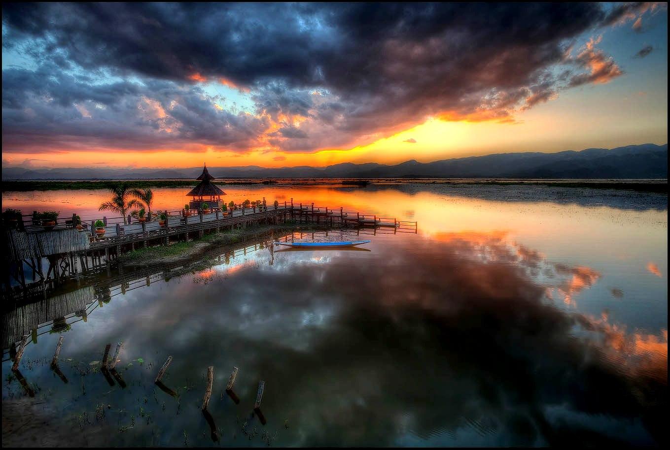 краски озера инле