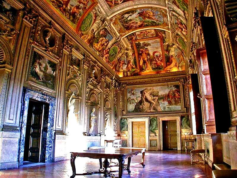 интерьер дворца фанрнезе