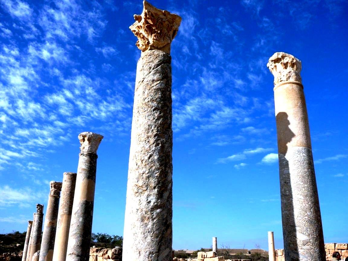 руины сабраты