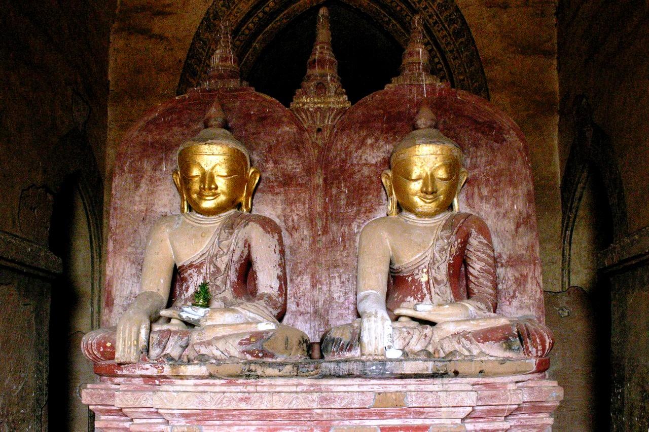 статуи дхаммаянджи