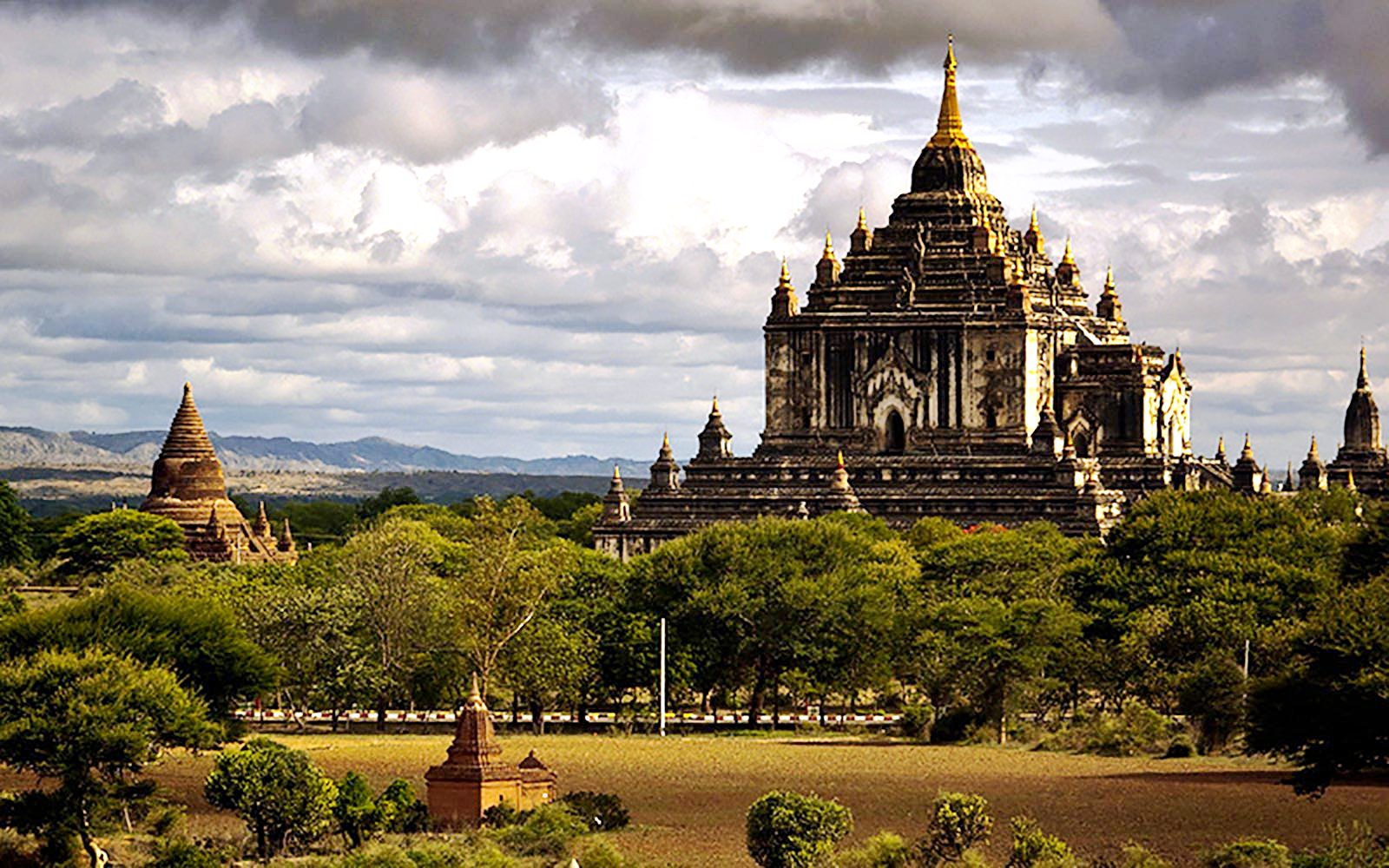 храм татбинью