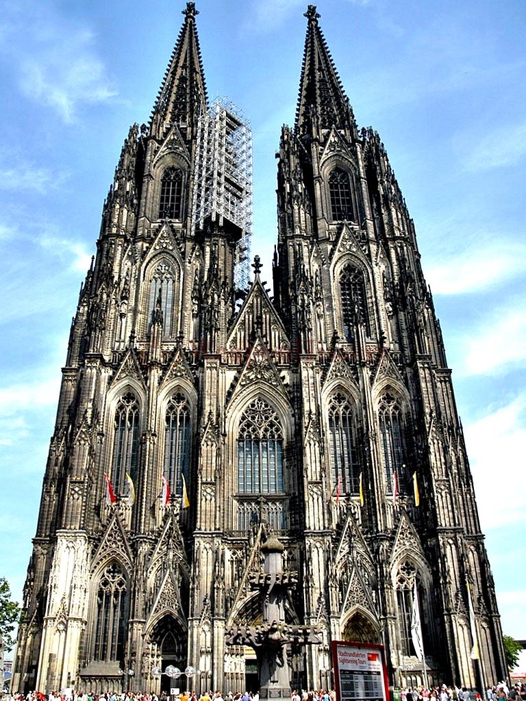 башни кельнского собора