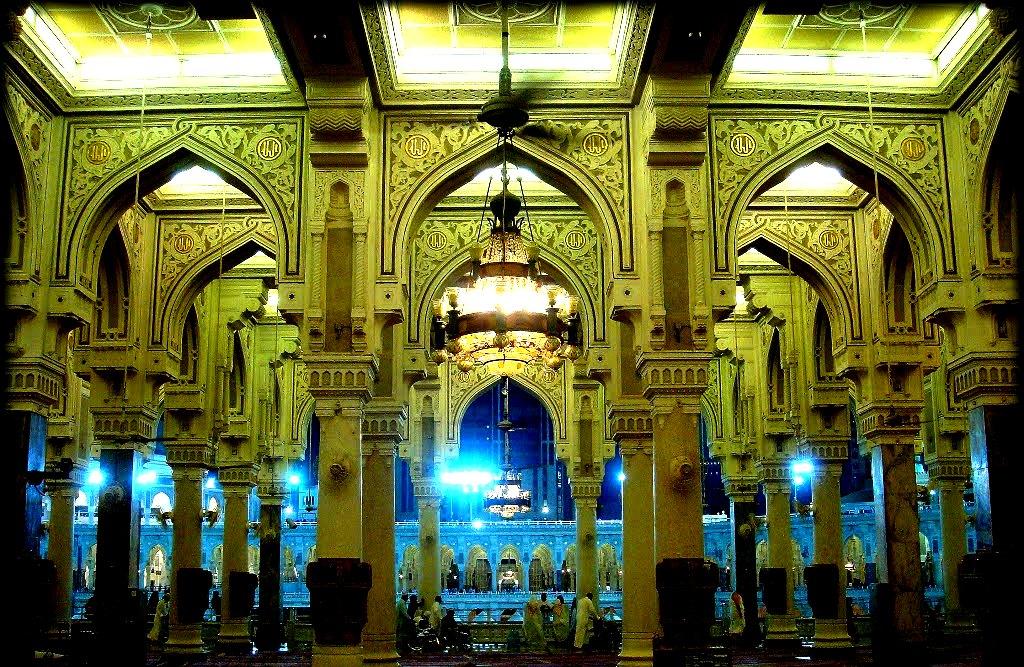 интерьер мечети аль-харам