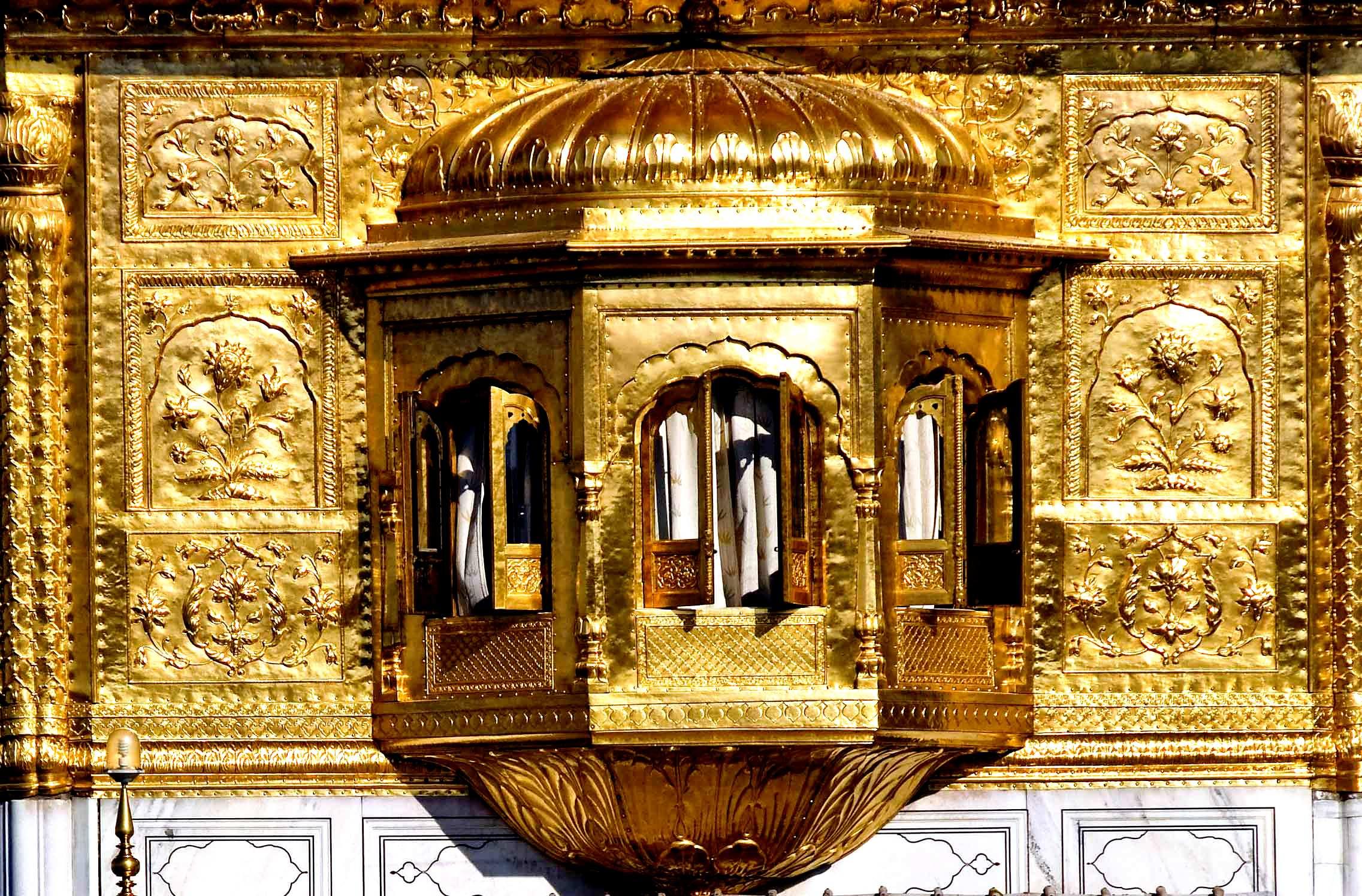 стены золотого храма