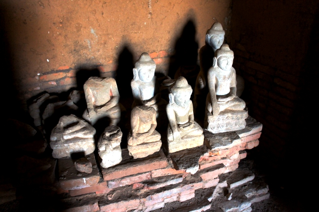 статуэтки будд