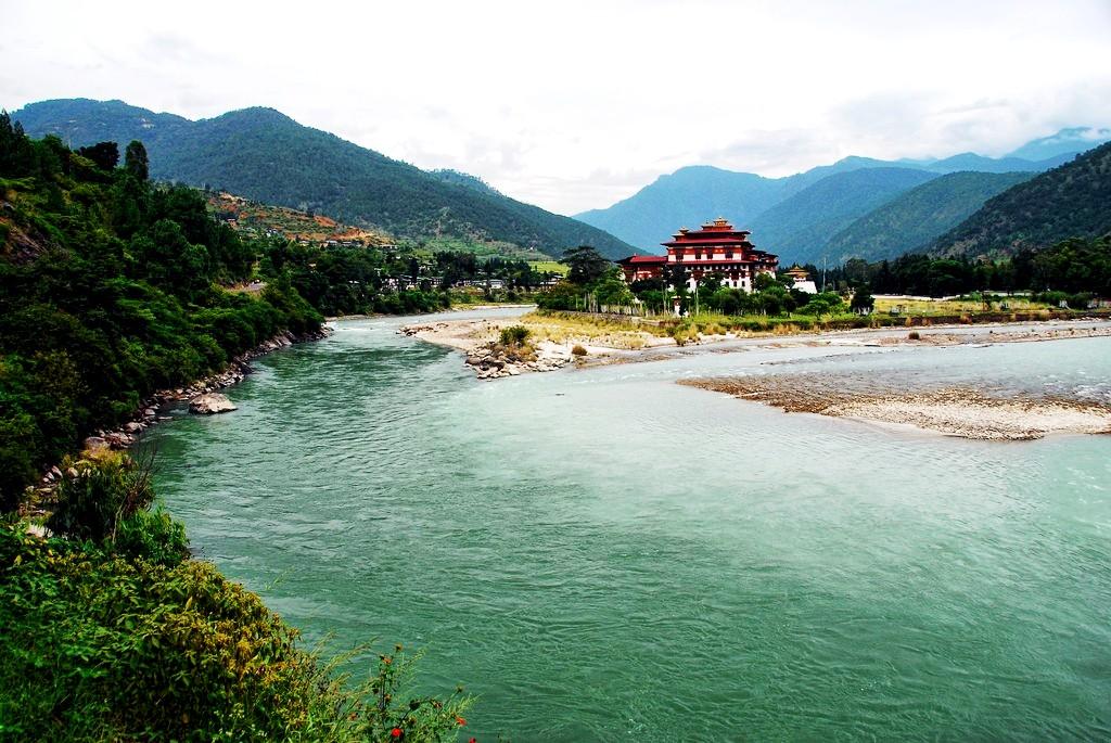 обзор пунакха дзонга