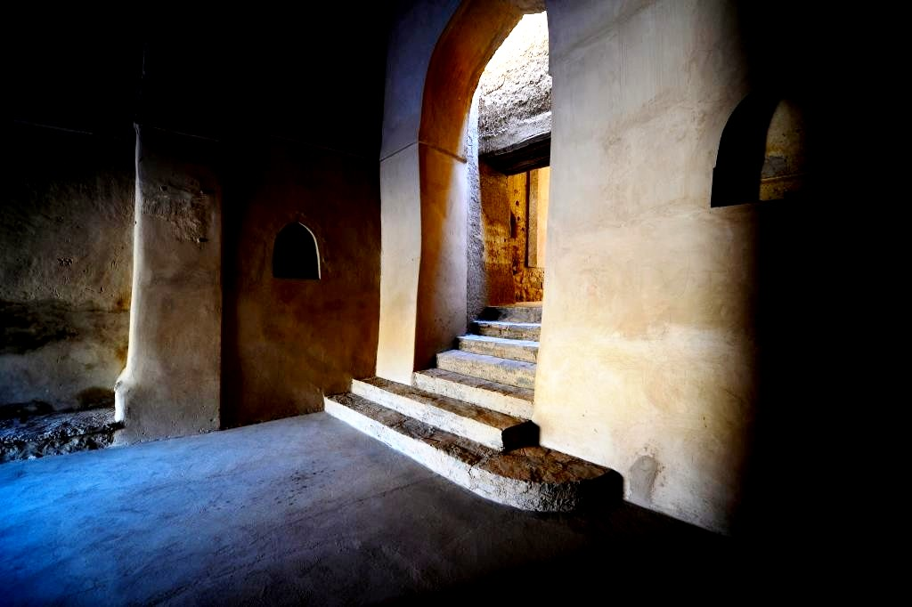 внутри форта бахла
