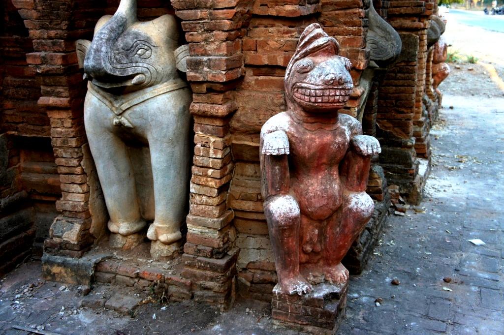 статуи хтиломинло