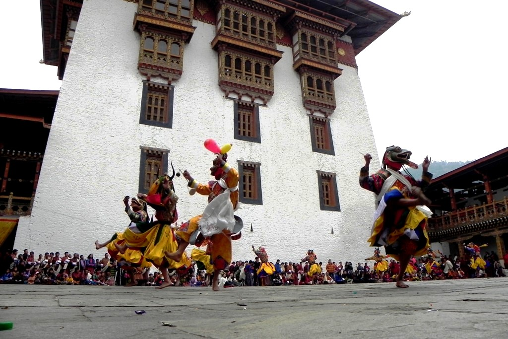 ритуальные танцы тибета