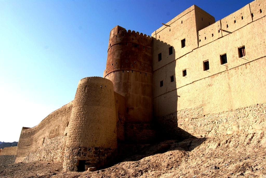 стены форта бахла