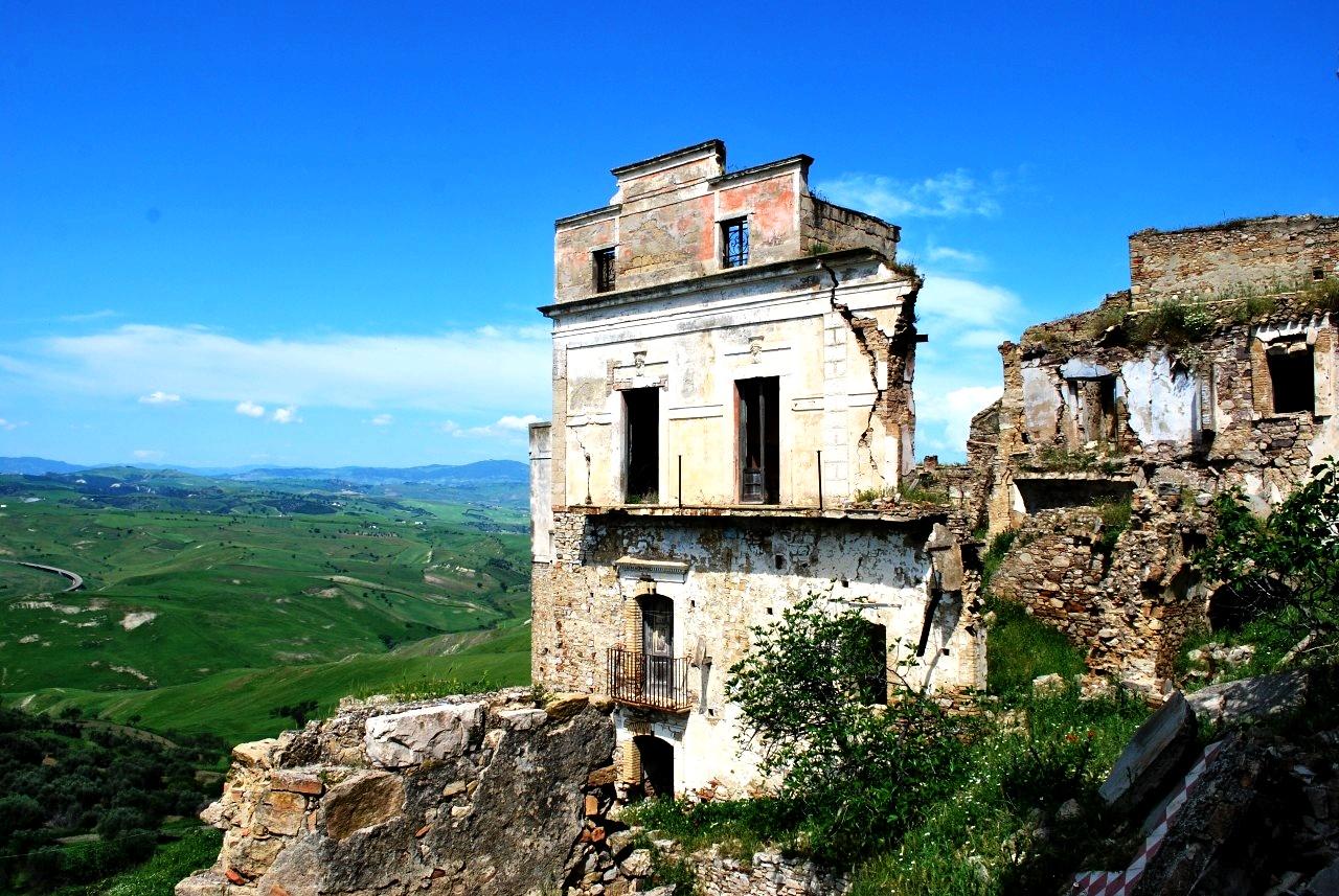 руины крако