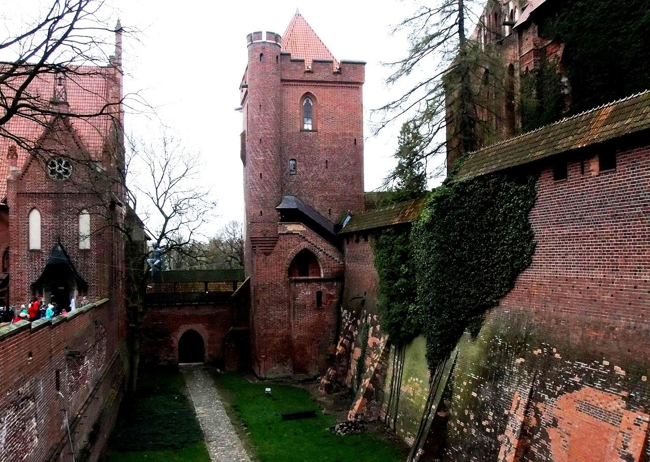 башни мальборка