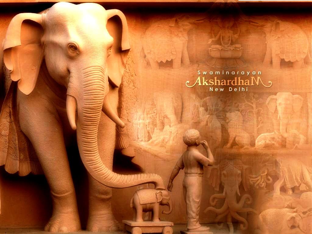 слон храма акшардхам