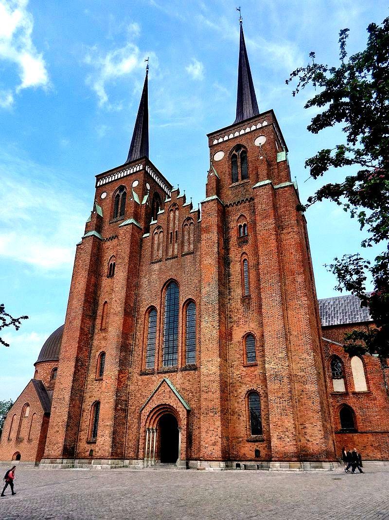 башни собора в роскилле