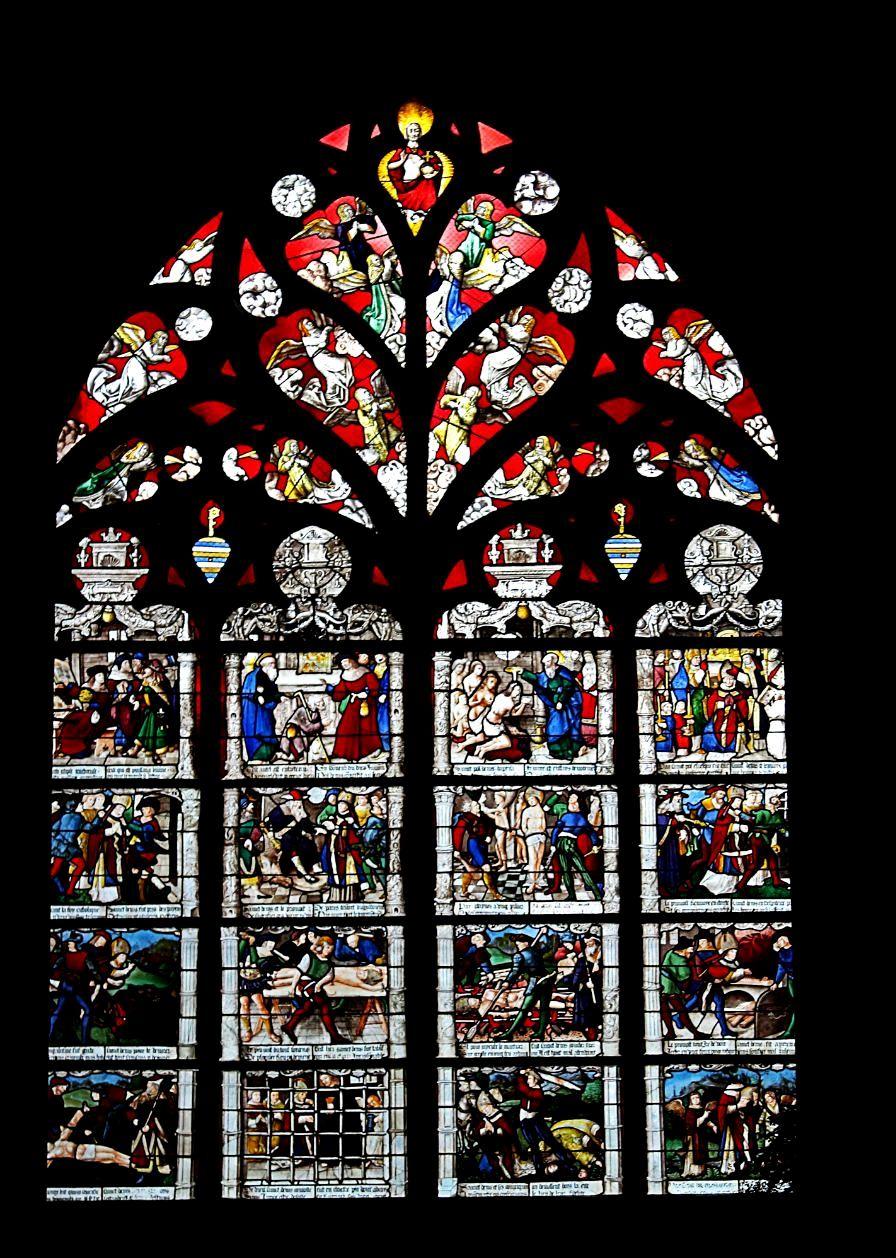 витражные окна буржского собора